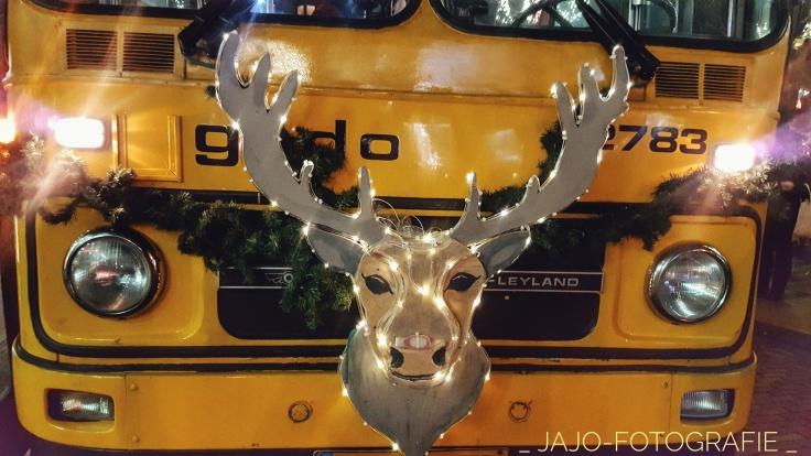 Is het al bijna kerst? , Rudolph, Bus museum,