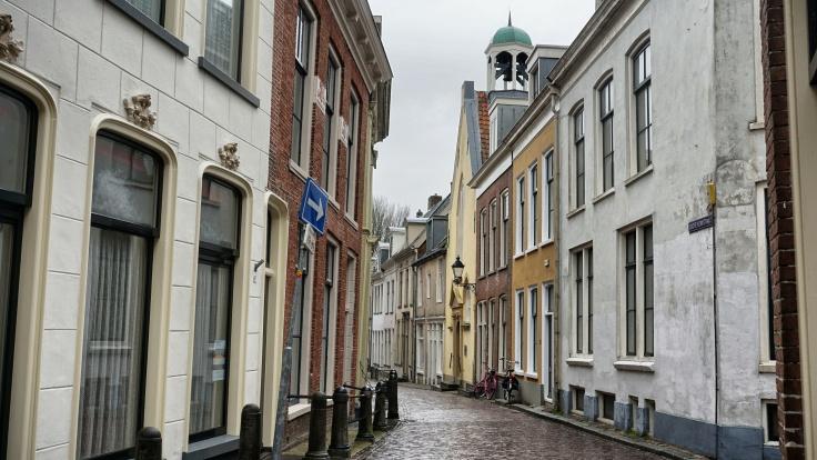 Waalse kerk, Leeuwarden, Grote kerkstraat