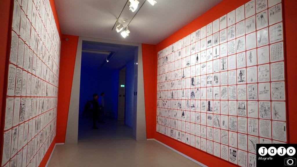 Chihuly, Fax, een muur vol faxen, Ideeen onthouden,