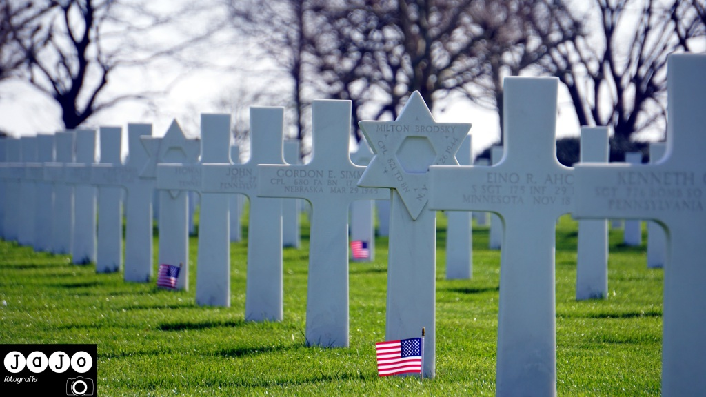 Stars and stripes, Honour, Respect, World War 2, WW2, Margraten, Herdenken, Oorlog, Tweede Wereld Oorlog, Graven, American War Cementery, Amerikaanse begraafplaats. Zuid Limburg, Limburg