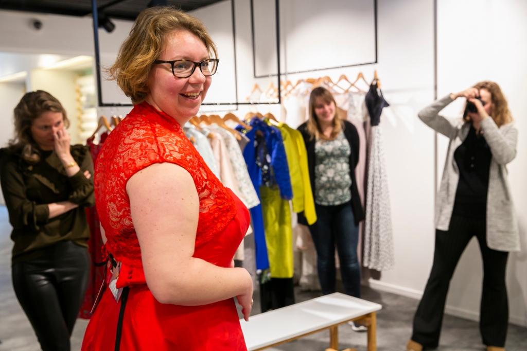 Rood, Jurk, Trouwen, Nienke | Bijtje. Utrecht, Wedding, trouwen in Utrecht, Bruisatelier, Ready-to-wear